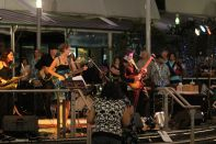 Liveband under the Sails