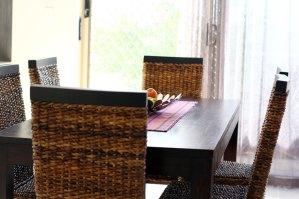 Tisch mit Stühlen andere Perspektive
