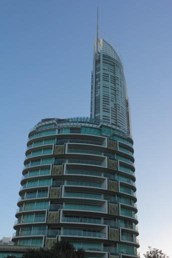 Jade und Q1 Tower
