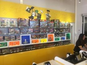 Im LEGO Store