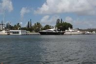 und mehr Boote