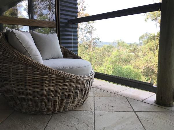 Neuer Love Chair